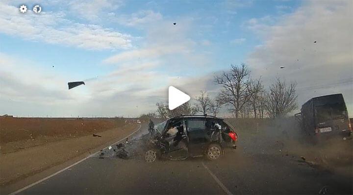 Авария в Луговом - пострадали 7 человек, из них трое дети (фото)